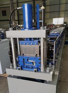 5.6.3.4.0 Container bottom beam machine (1)
